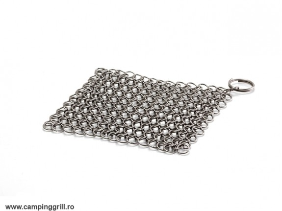 Chain cleaner for cast and iron